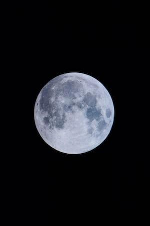 4525. Űr, hold, bolygók
