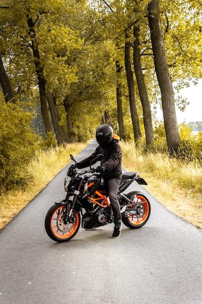 motocyklista-motor