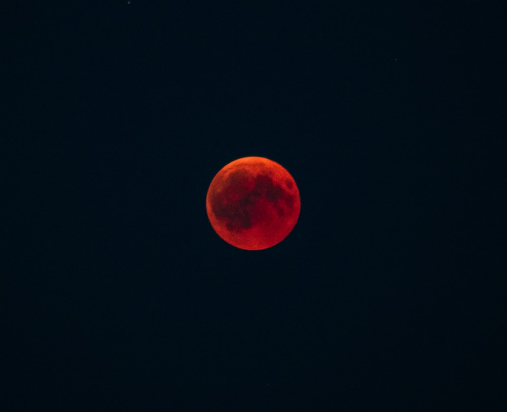 blood moon during night time