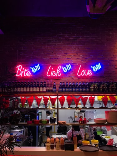 Tips for Choosing Neon Signs for Your Business