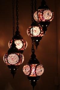 black hanging pendant light