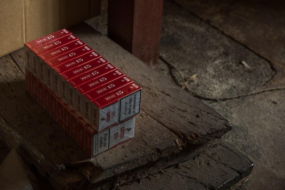 flip-top cigarette pack lot