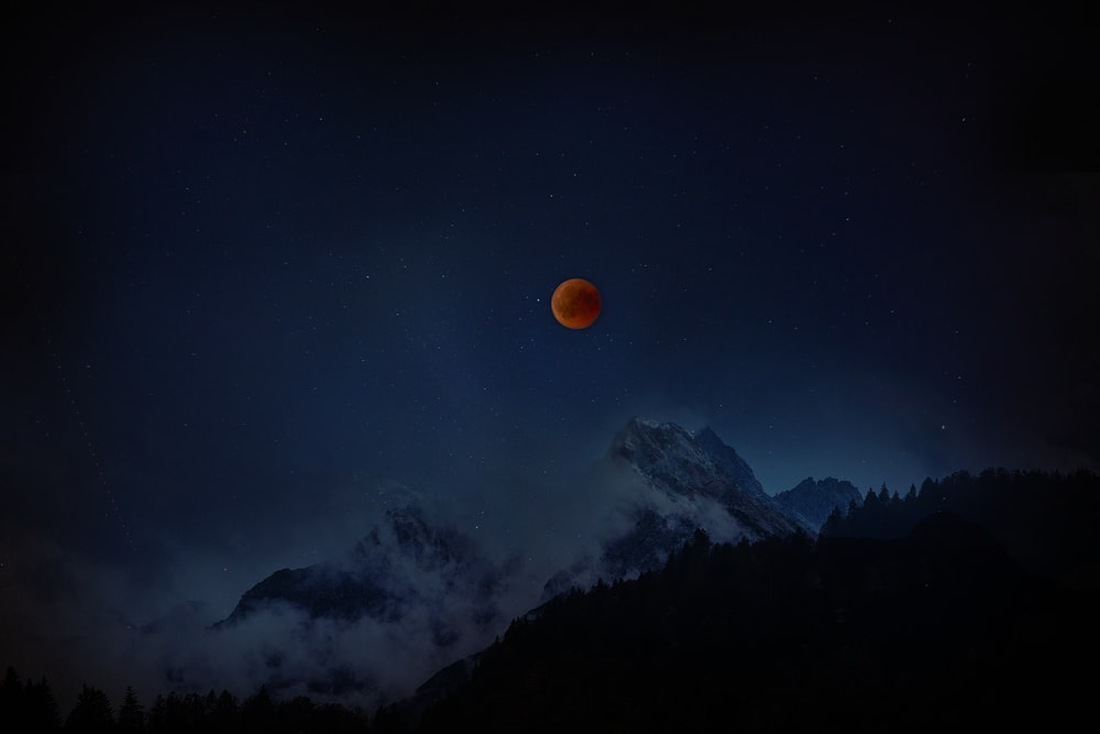 lunar eclipse during nighttime
