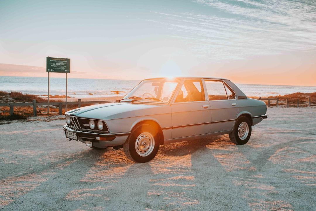 1981 BMW E12 520
