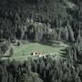 Il calore dell'Austria invernale tra distillati e boschi