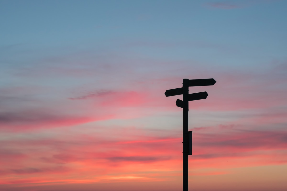 我們都需要脫離舒適圈的勇氣,未來都是每個現在的累積,現在也是你過去的選擇!(哎呀!我不想回家)