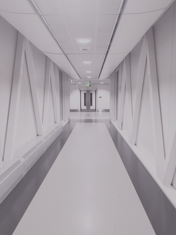 Hallway Pictures Download Free Images On Unsplash