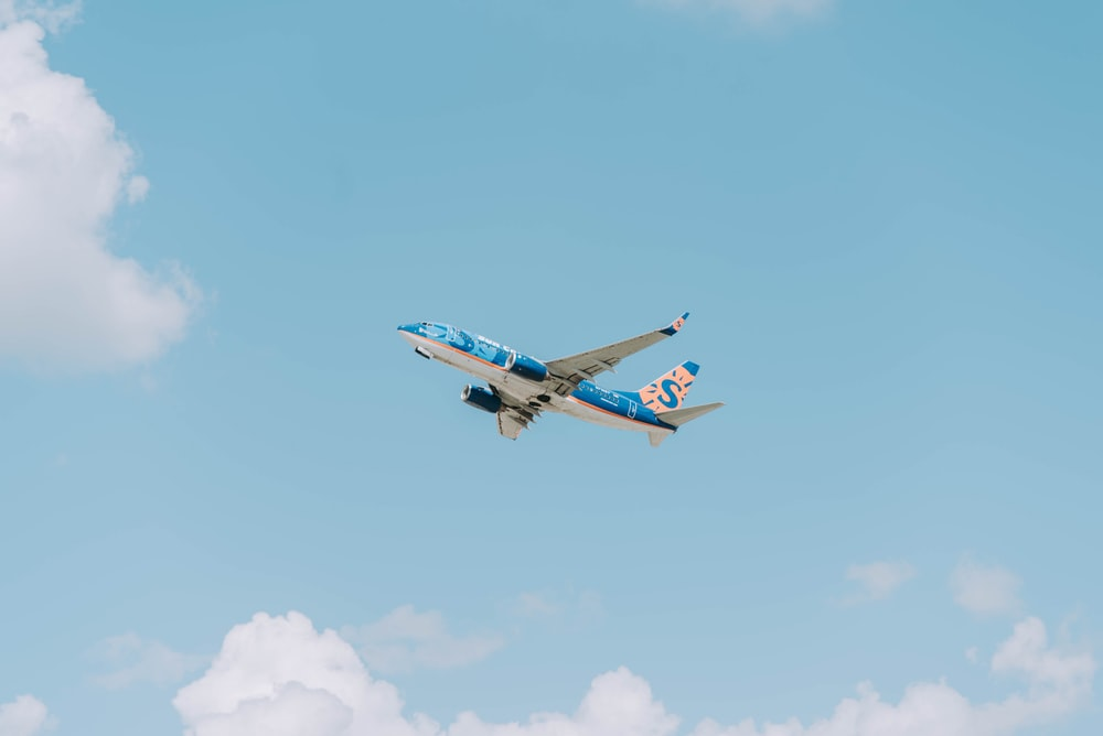 blue and white airplane