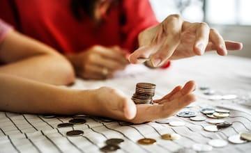 Borrowing money: the advantages and disadvantages