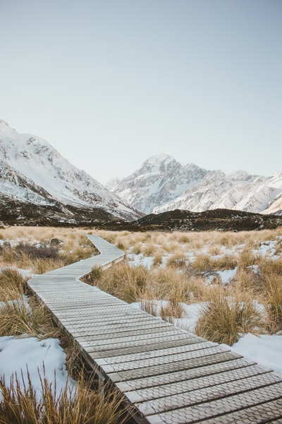 The beautiful views of the Hooker Valley Track are so special. Winter is the best time of year to go for snow capped peaks and an adventurous walk to the glacier.