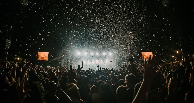 Success Story: Dealing with commitments that could bring down a festival business