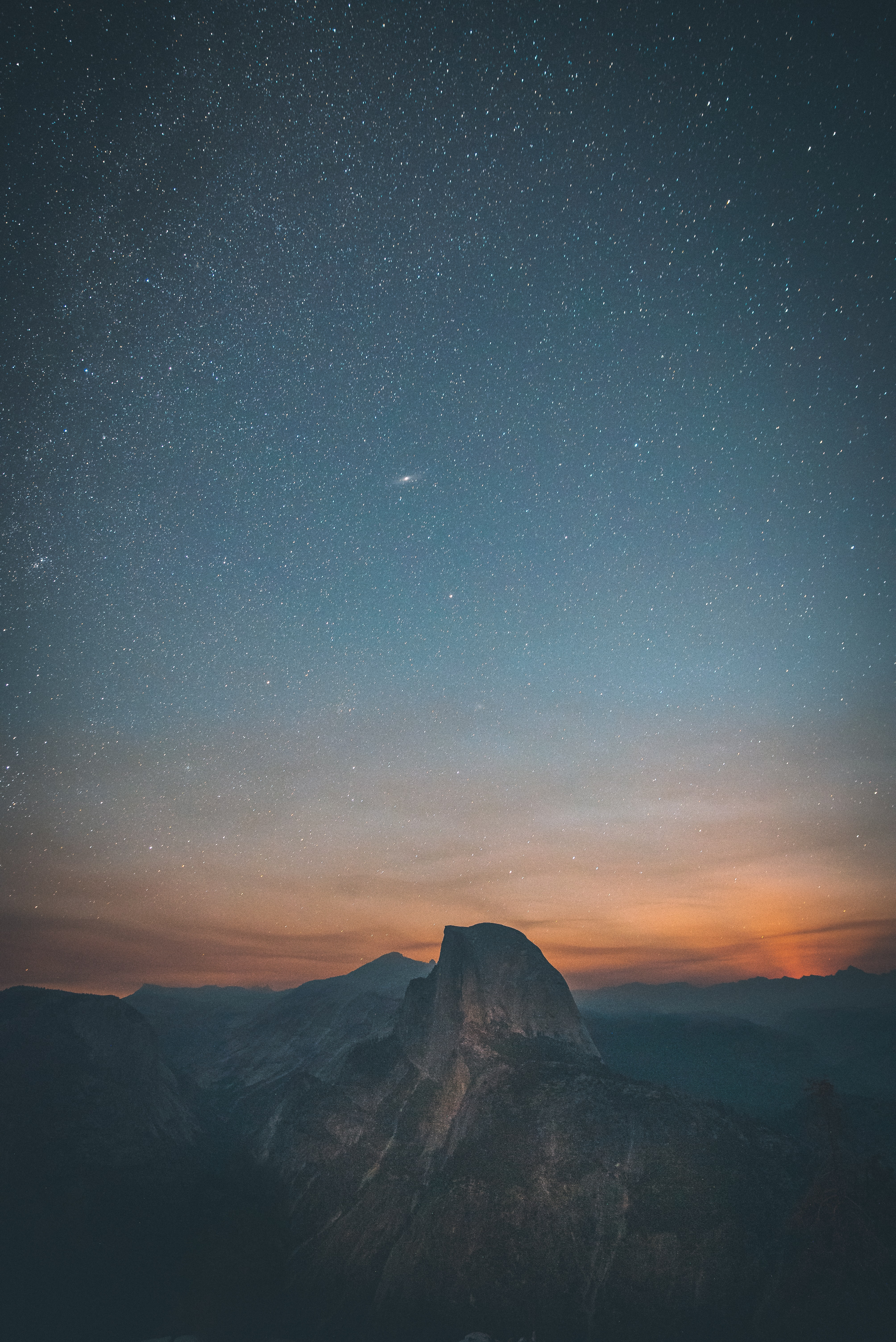 mountains under starry sky