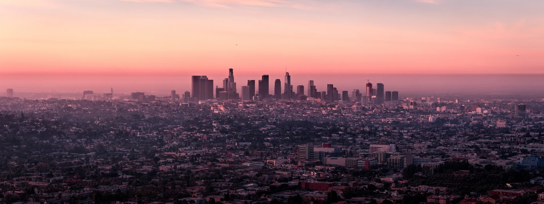 After a long flight from Europe, I woke up at around 3am local time and searched for what to do… I found a trail to hike from just north of Hollywood to the Griffith Observatory. An incredible experience as the sun rose over the city of millions. Good morning and a good Friday to all!