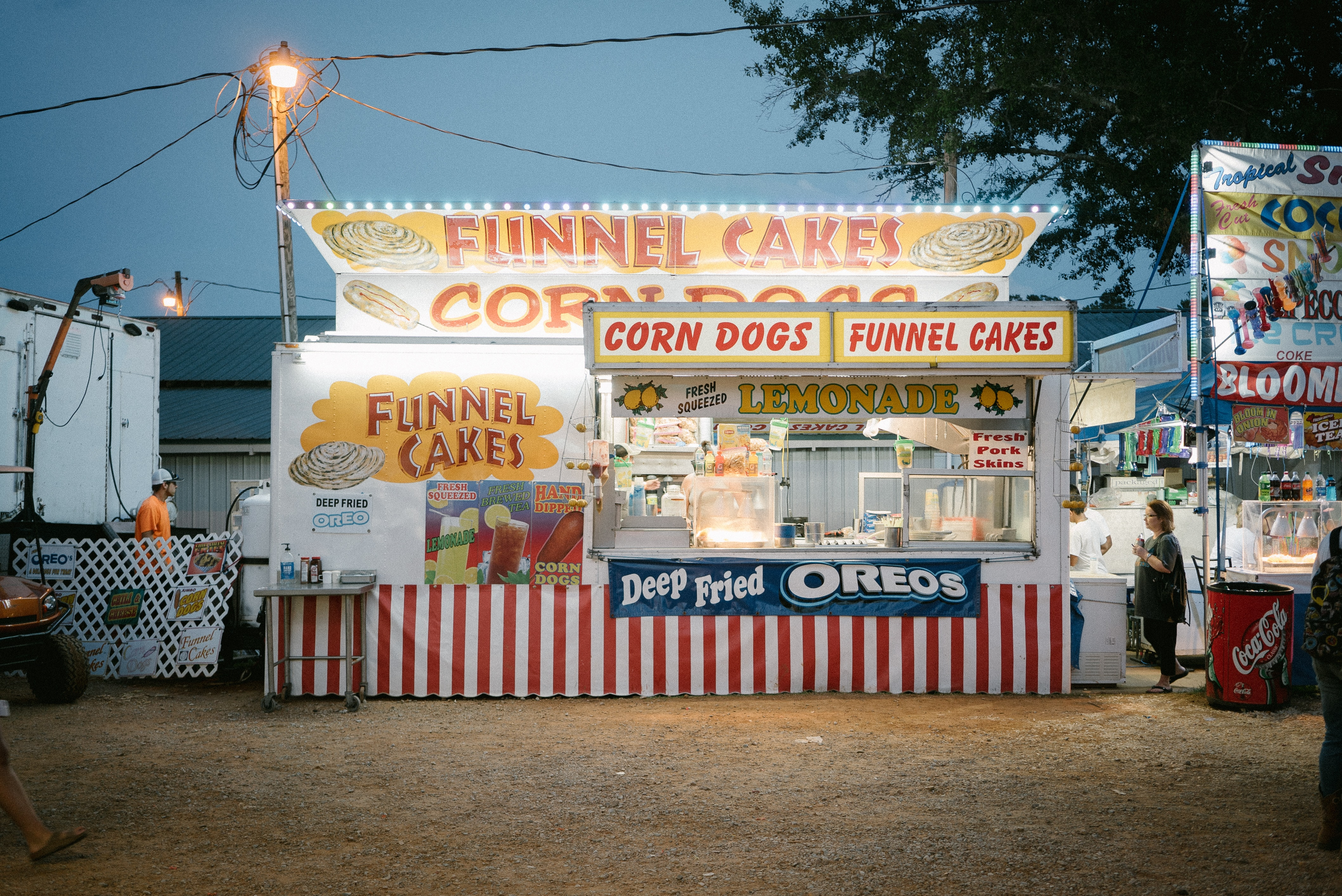 white and red Funnel Cakes storke