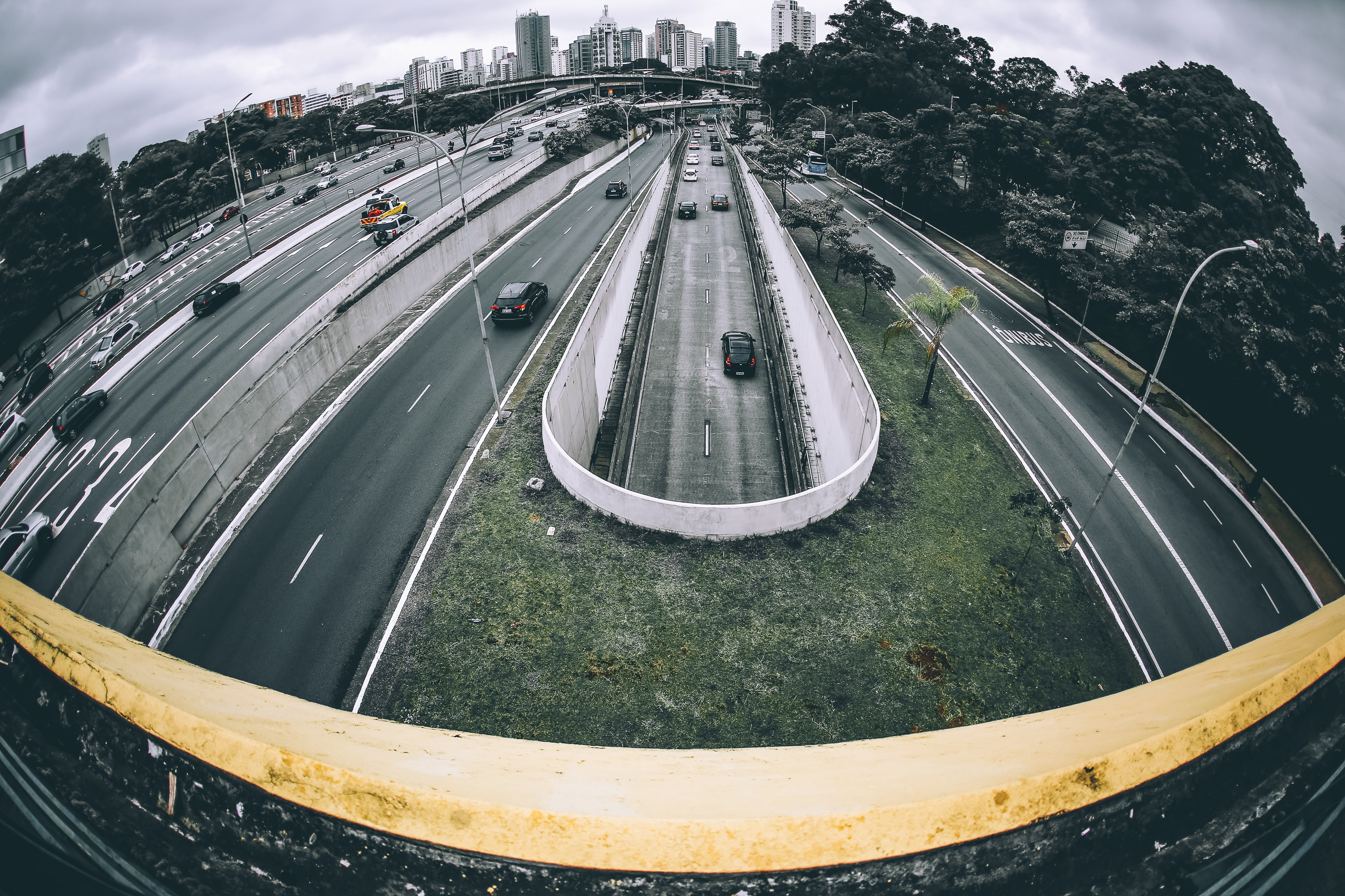 panoramic photography of highway during daytime
