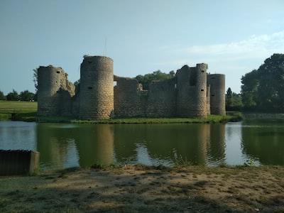 Château de Commequiers en Vendée photo prise le 9 juillet 2018