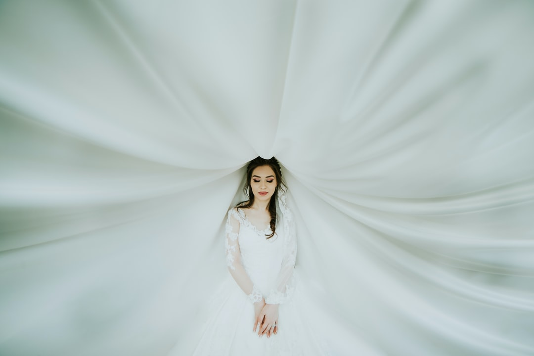 Wedding Dresses 2019 Near Me: Download Free Images On Unsplash