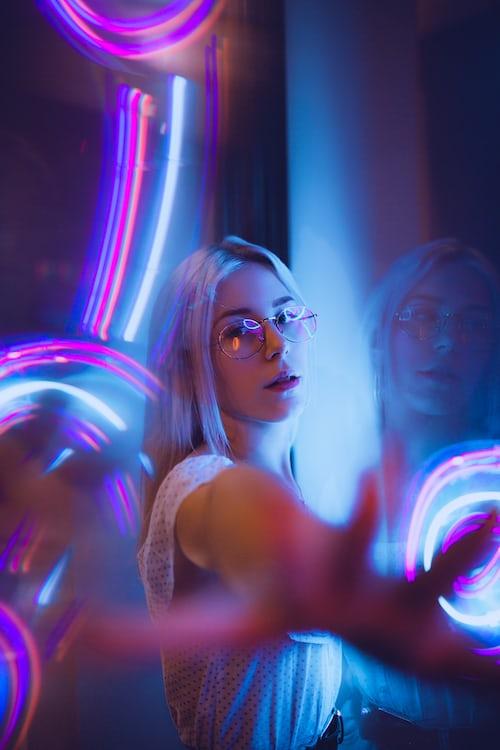 Colourful Light face Dp For Girls FOr Instagram