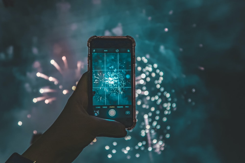 fireworks showing in iPhone