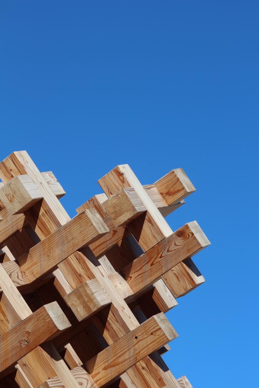 brown wooden blocks