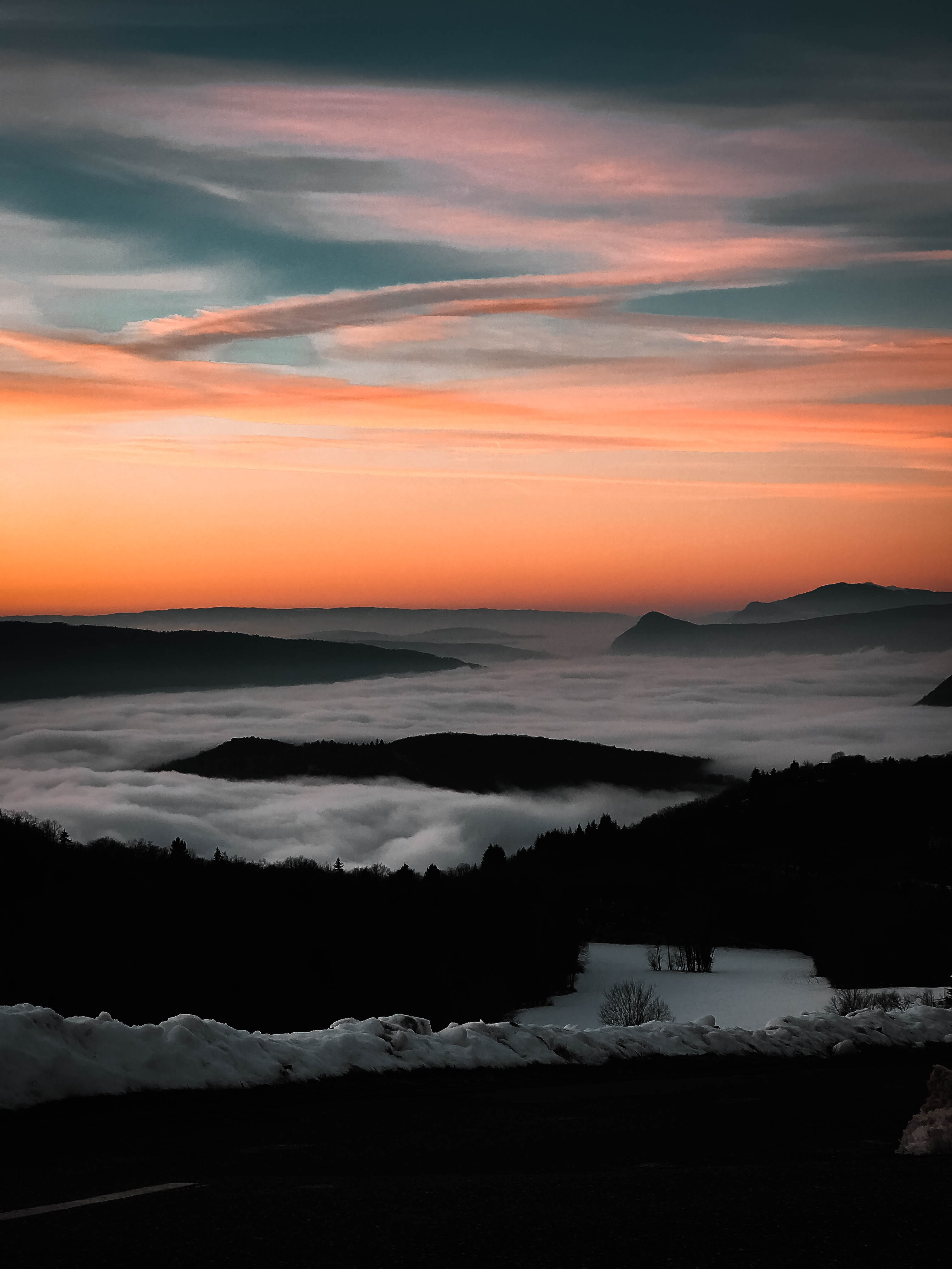 photo of mountain with fogs