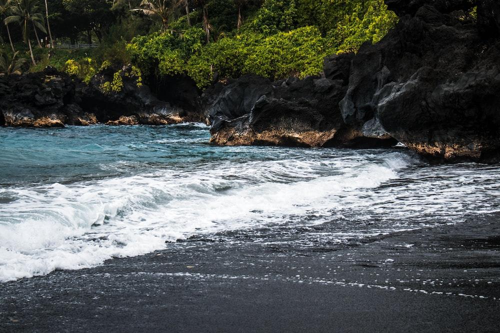 ocean crashing shoreline