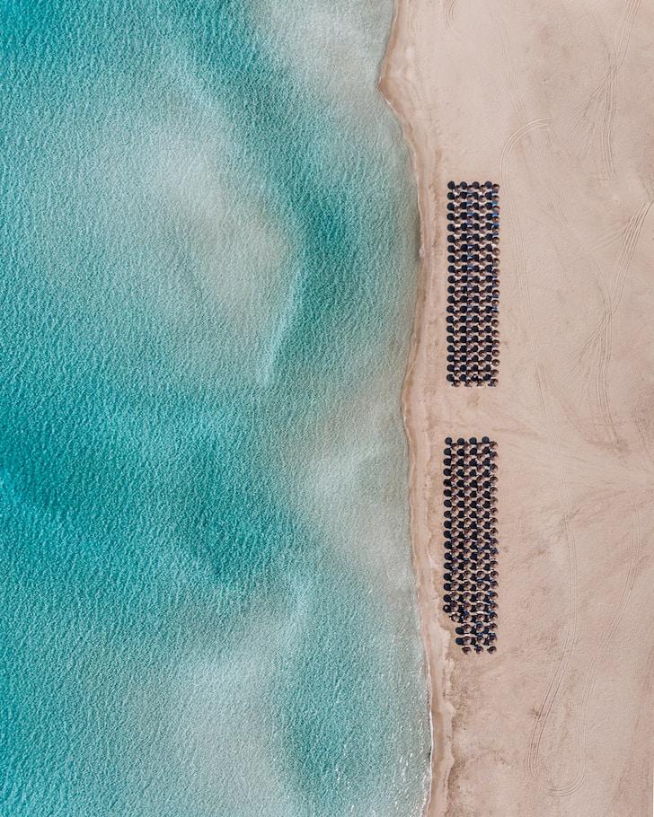 Le isole greche, meta prediletta del turismo estivo, grazie al clima mite divengono in Inverno un vero e proprio paradiso incontaminato, grazie anche al minor numero di turisti presenti sul territorio