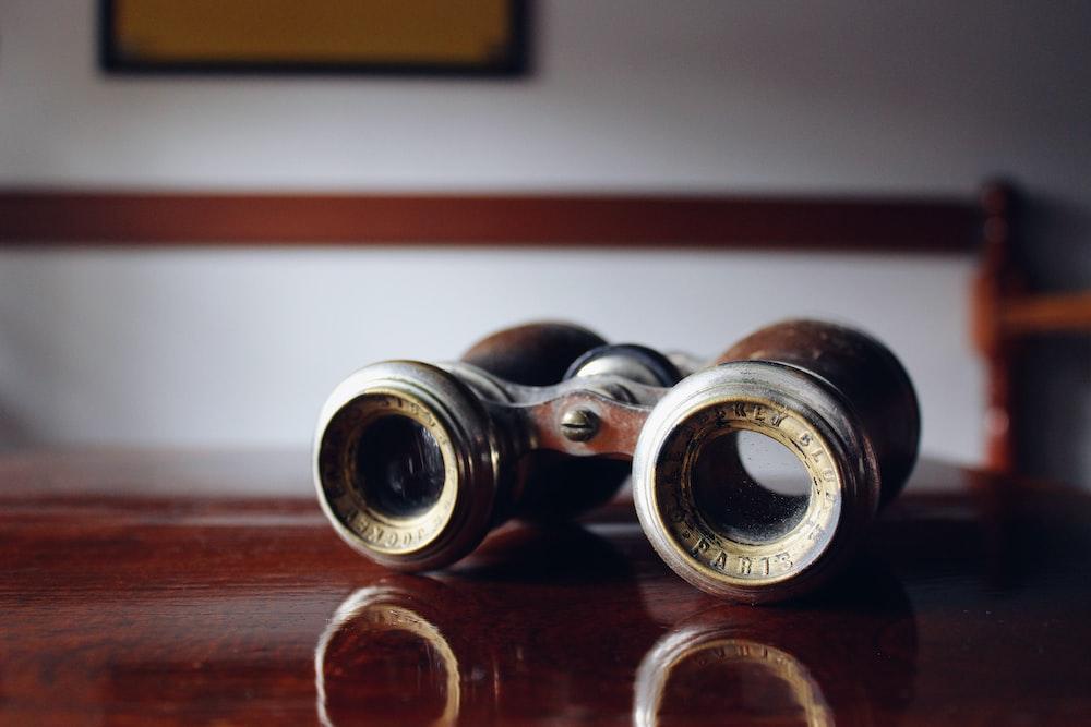 vintage brown binoculars o