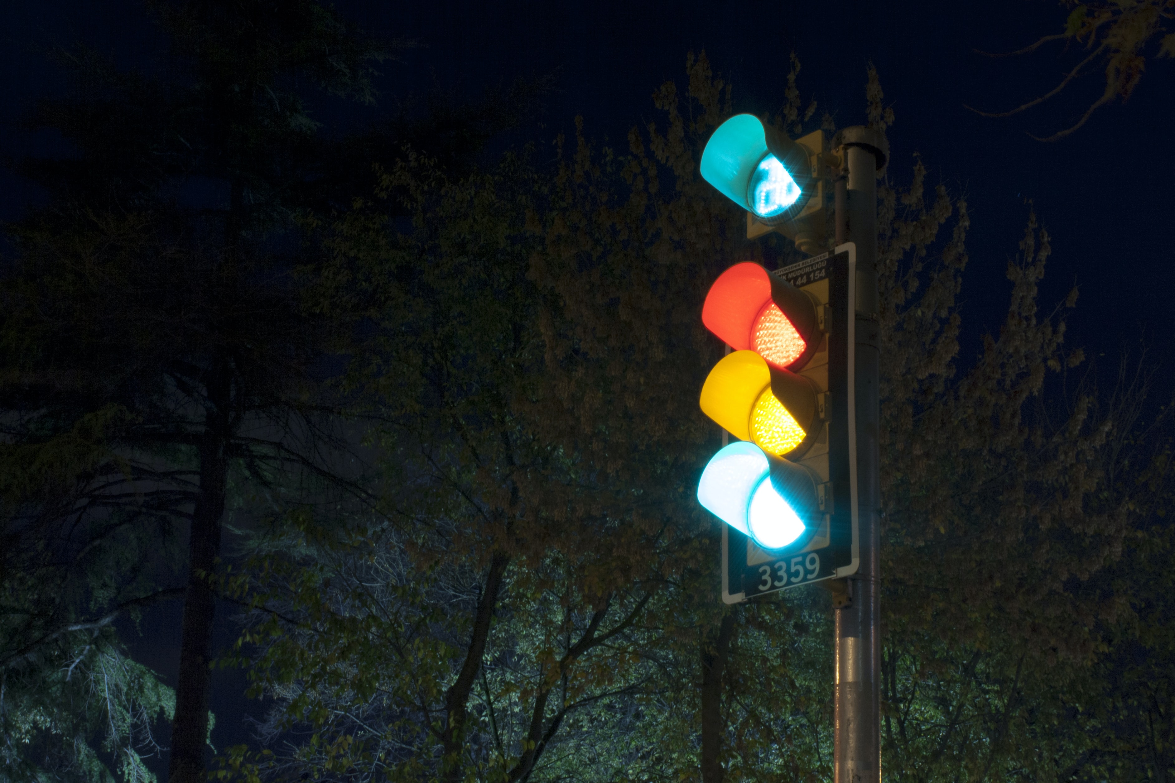 turned-on traffic light
