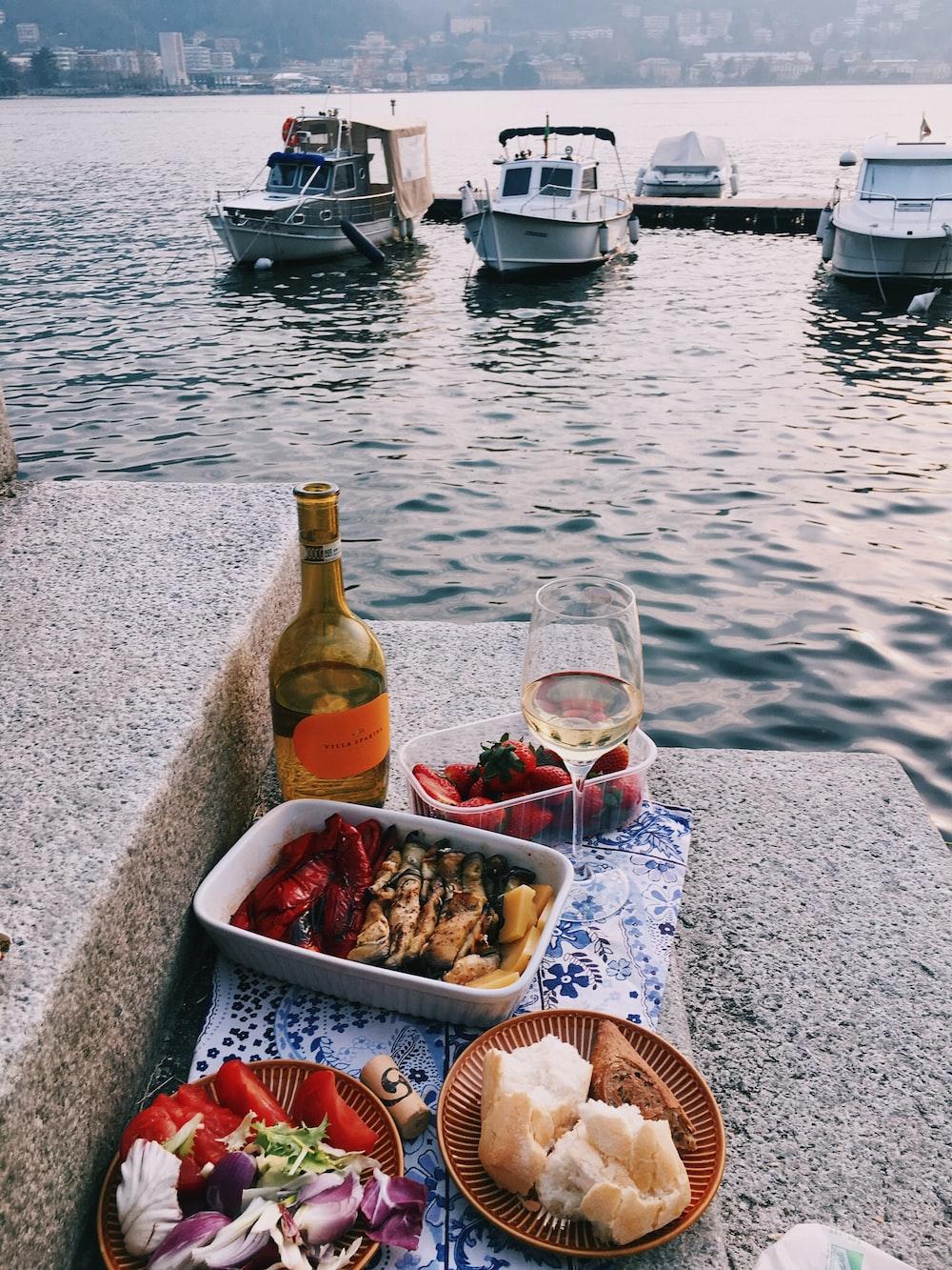 glass of wine and vegetaler