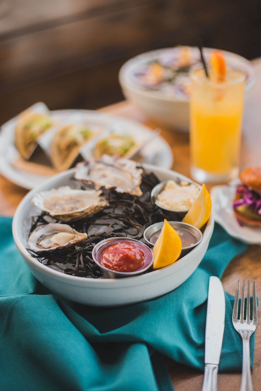 oyster in bowl