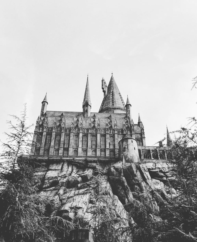 27 Castle Pictures Download Free Images On Unsplash