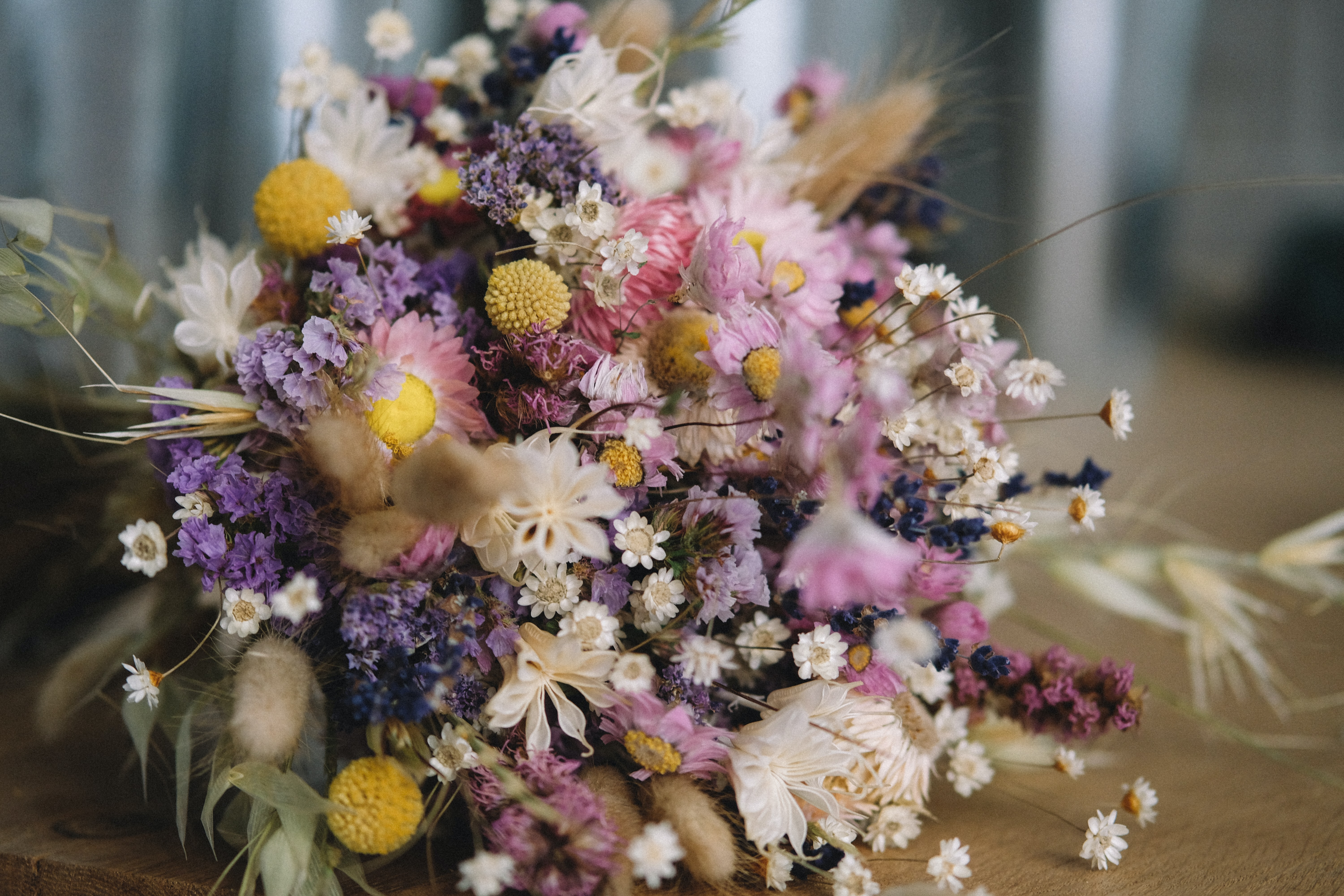 bouquet of white, purple, and pink petaled flowers