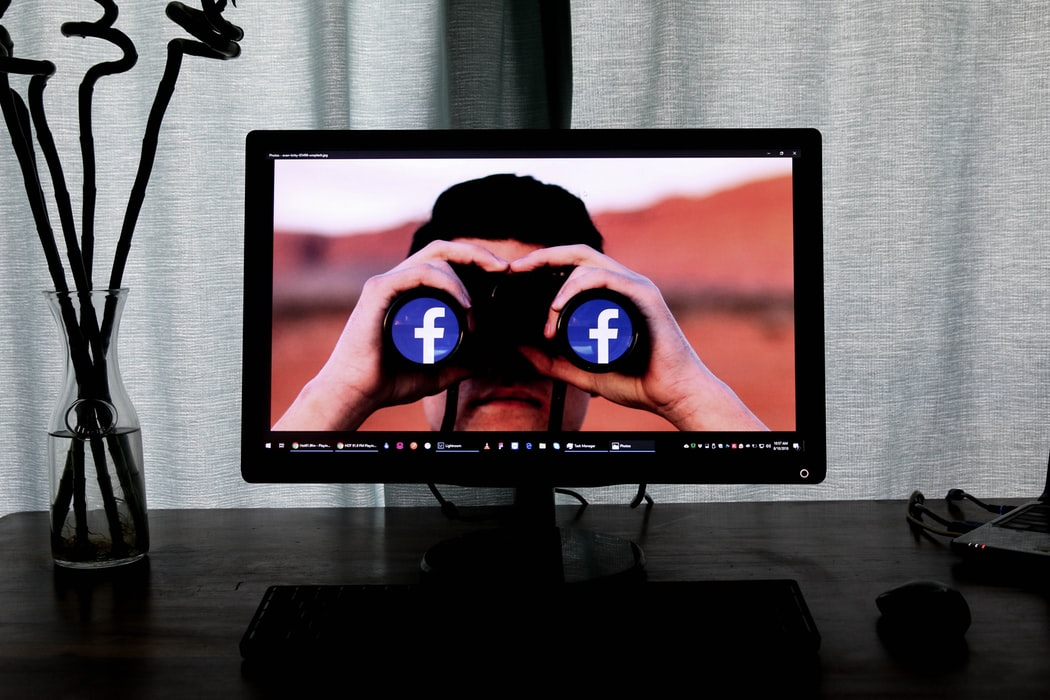 Facebook illo