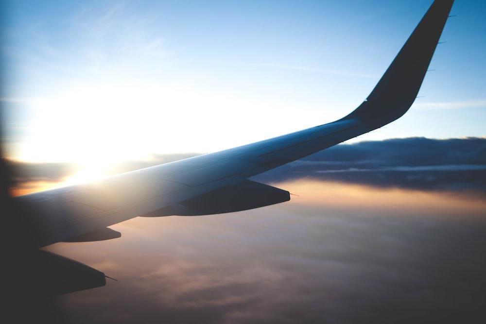 window plane