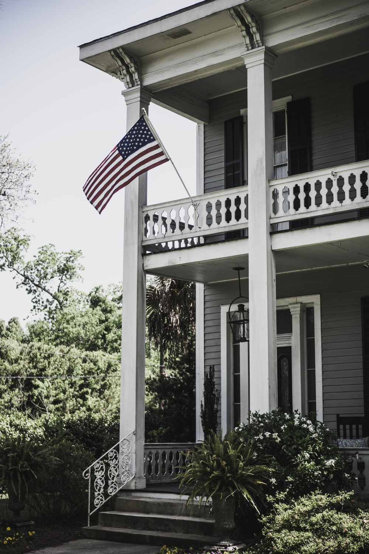 flag of USA on 2-storey house