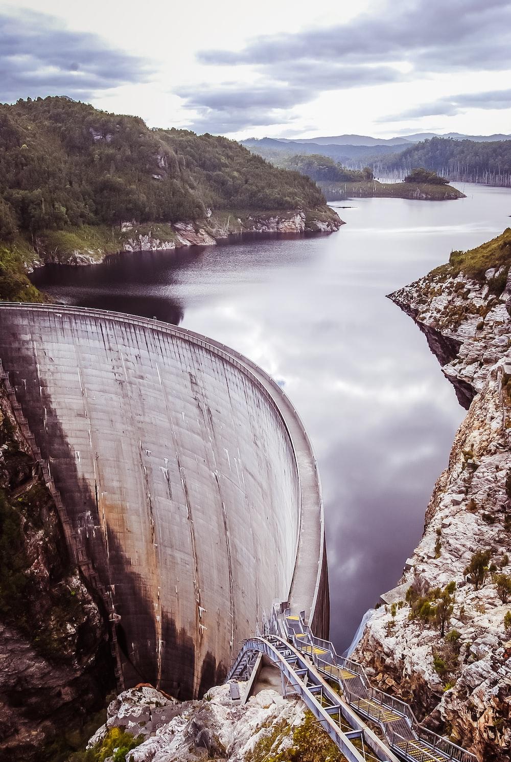 water dam near bridge