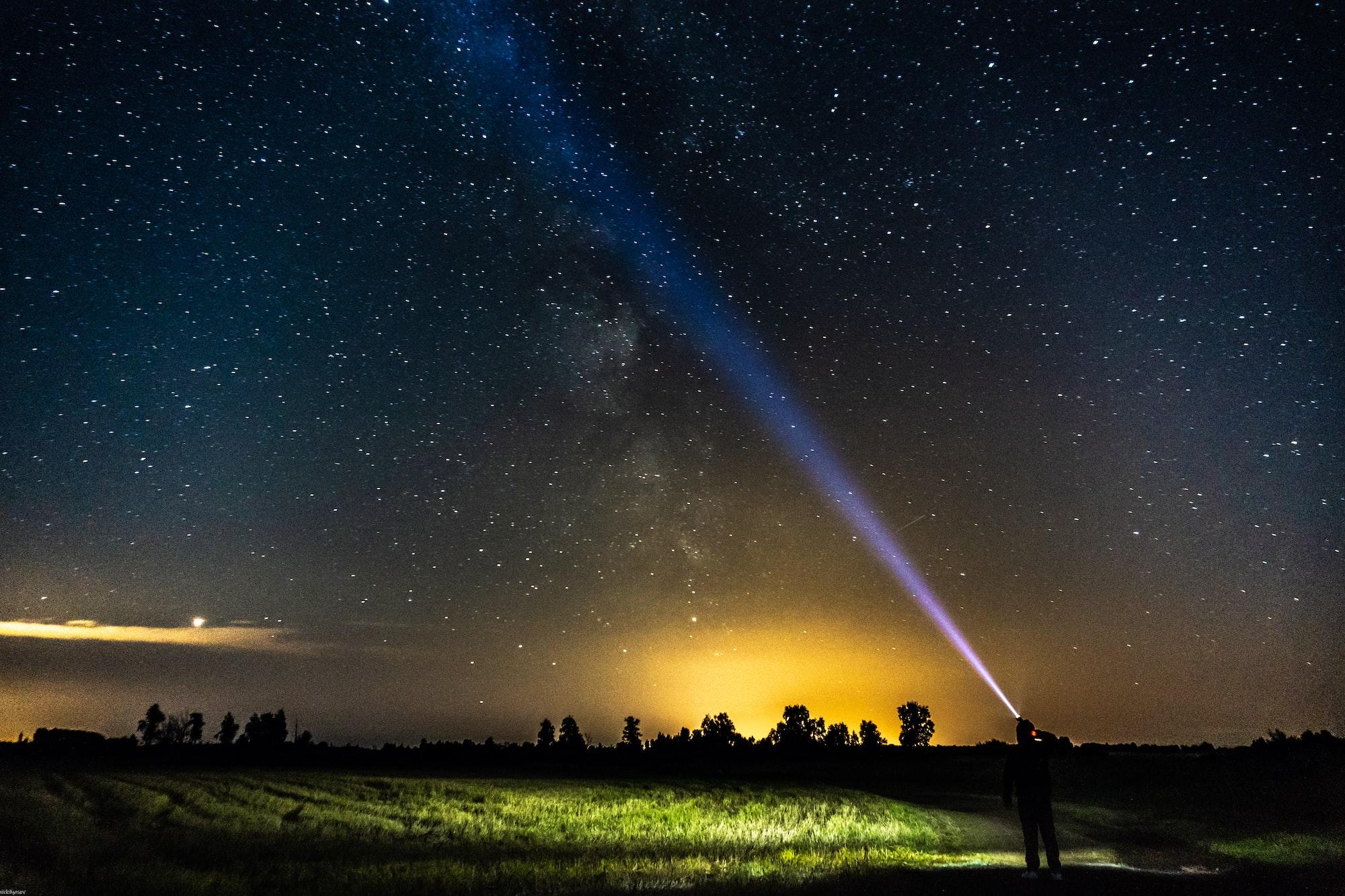 Mikroorganismy žeroucí meteority mohou pomoci při hledání mimozemského života