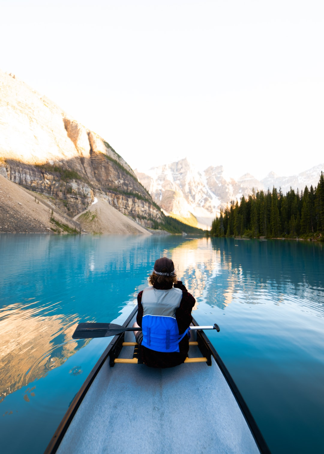 Canoe Pictures Hd Download Free Images On Unsplash