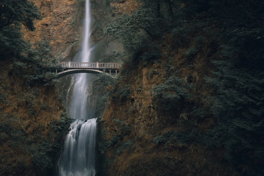 waterfalls during daytime
