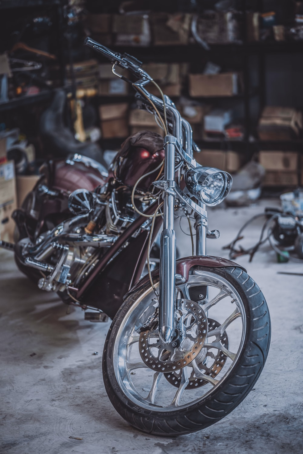 selective focus photography of brown and gray cruiser motorcycle