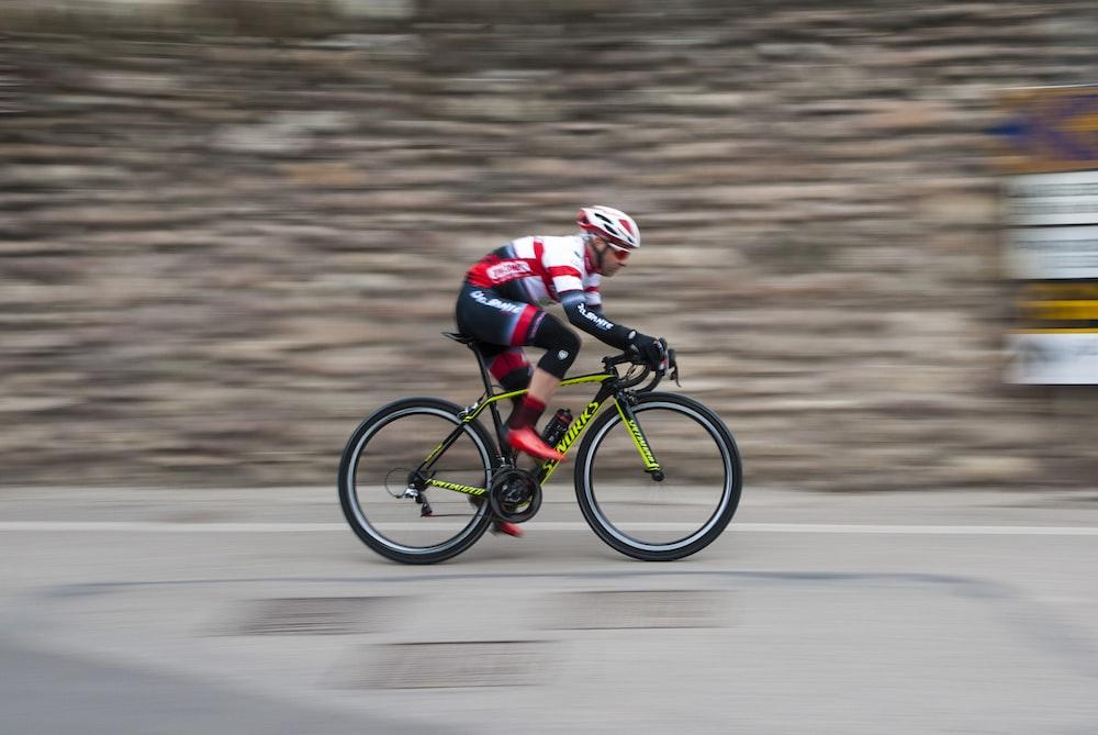 Speedy Bike | HD photo by Mattia Cioni (@cioni_mattia) on Unsplash