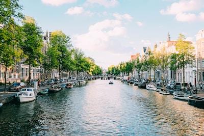 Mit Rad und Schiff durch Holland