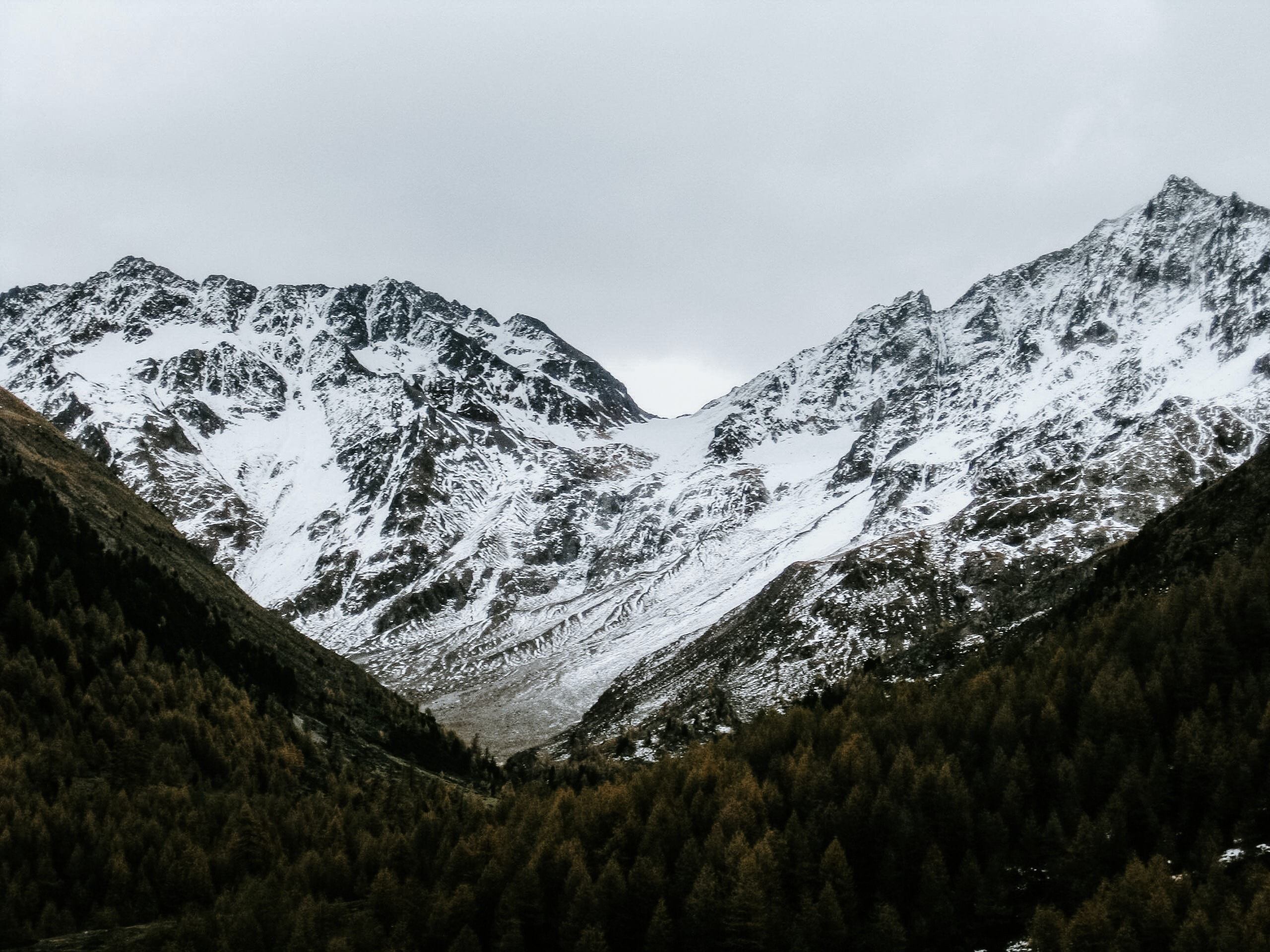 snow covered mountain at daytime