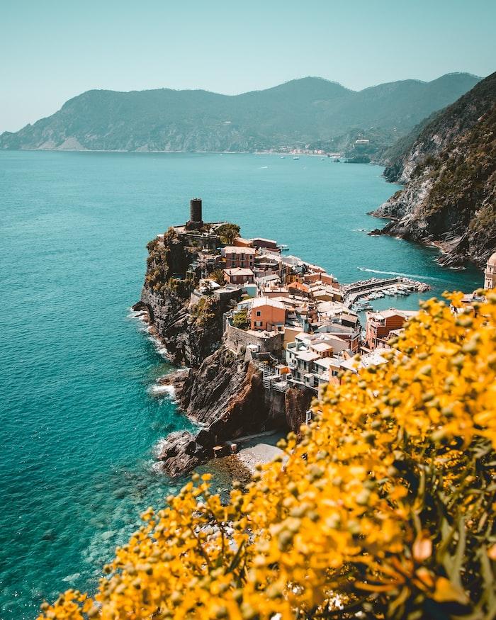 a view over a peninsula in Cinque Terre