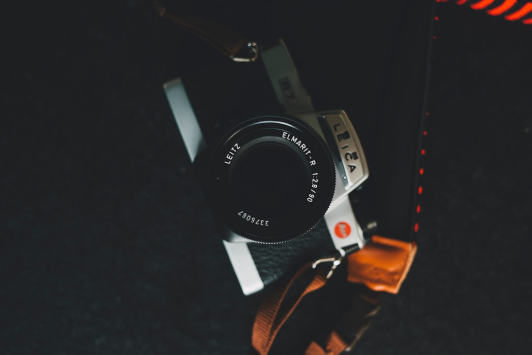 Made with Canon 5d Mark III and loved analog lens, Leica Summicron-R 2.0 / 50mm (Year: 1981)