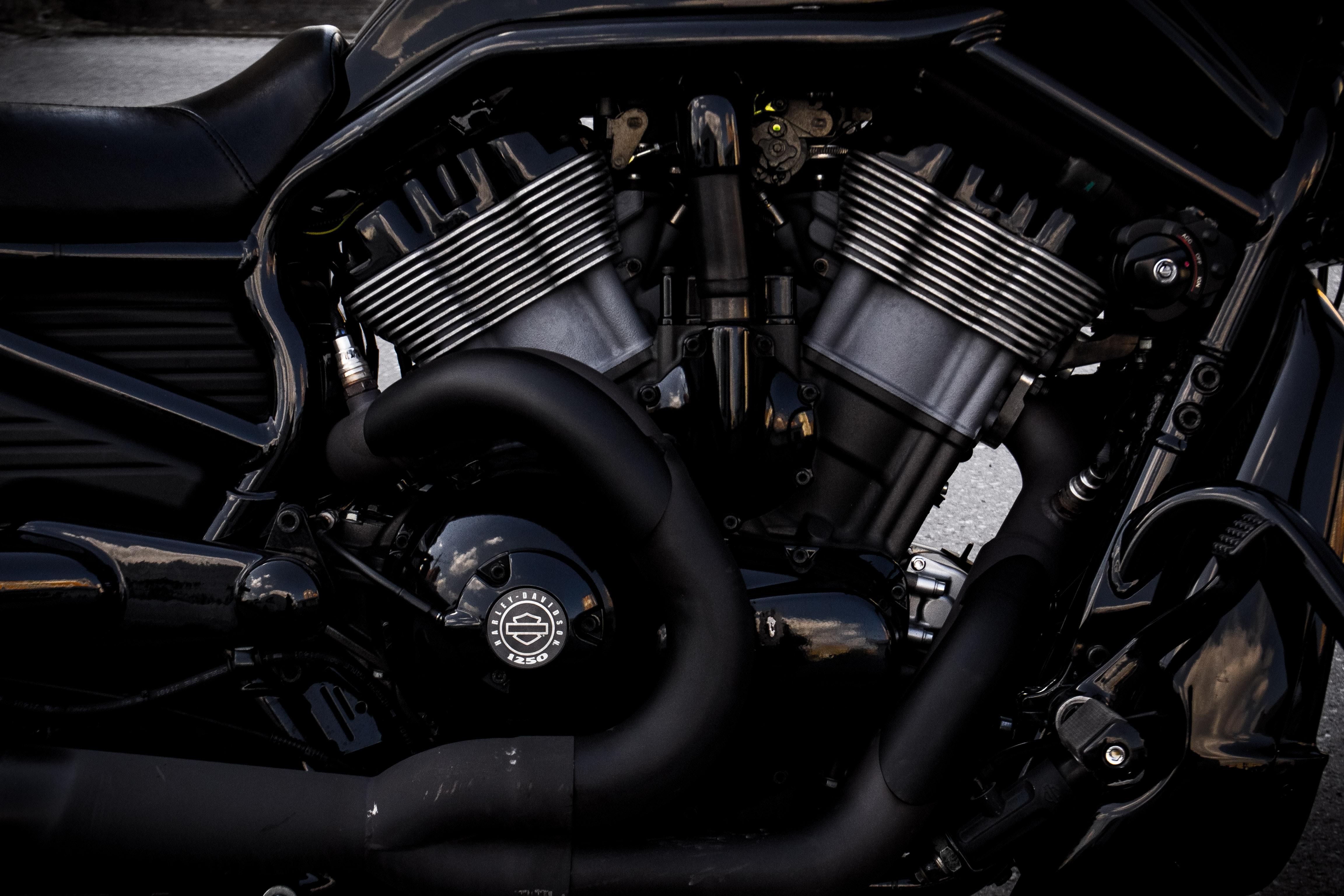 gray and black motorcycle engine