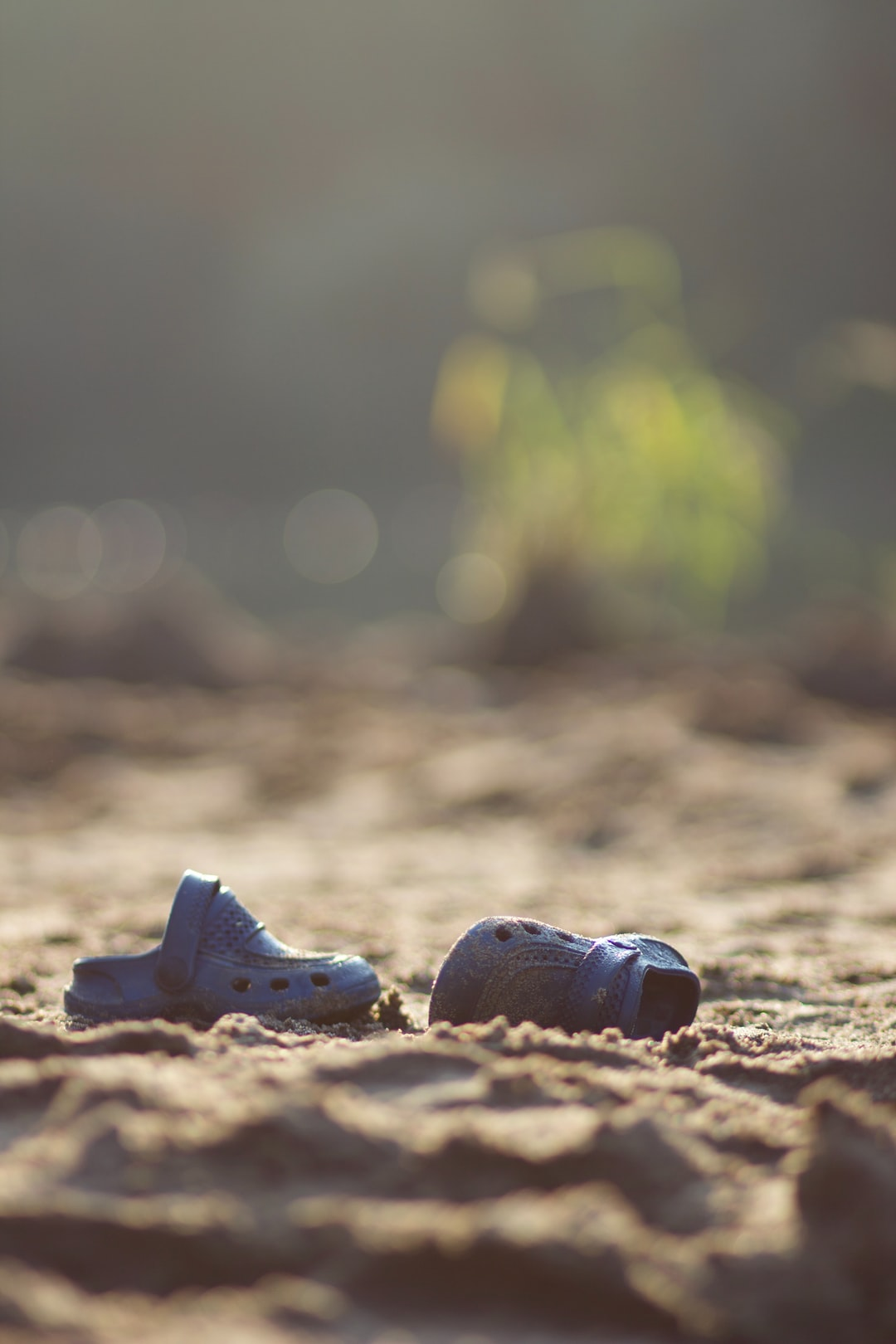 Early in the morning, I wandered along the sandy beach of Tisza near to Tivadar when I bumped into these small plastic sandals. Most probably the owner left them there during the night, hopefully, they found them later the day.
