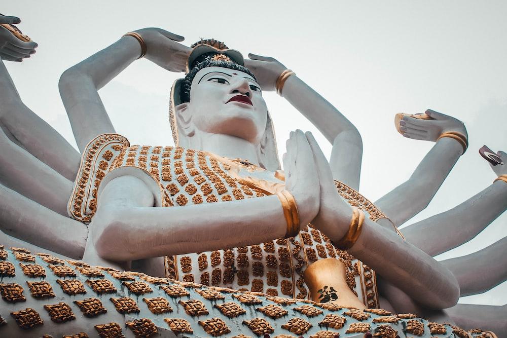 buddha statue asia