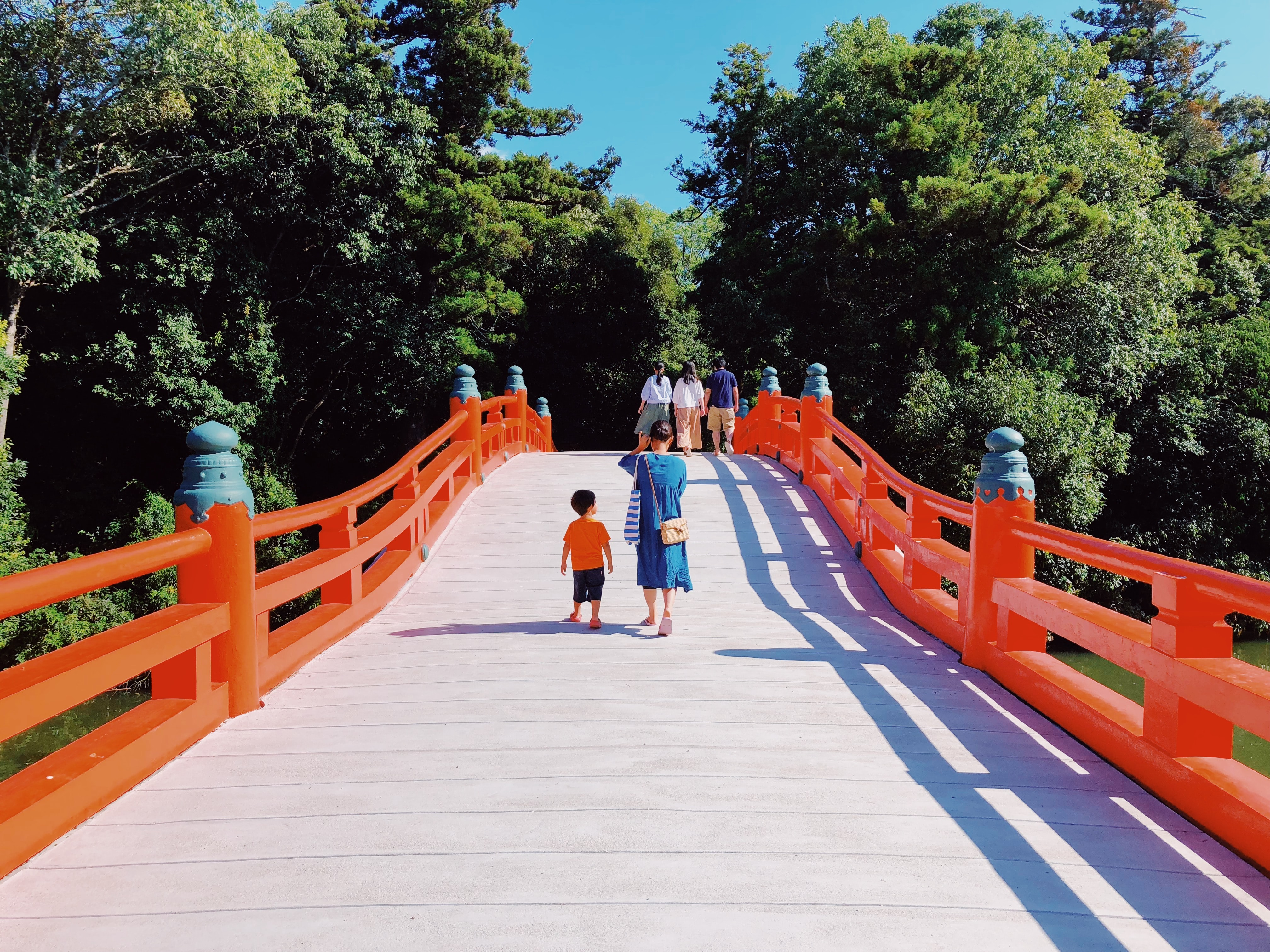 red and white wooden bridge